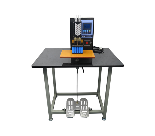 Desktop foot spot welder